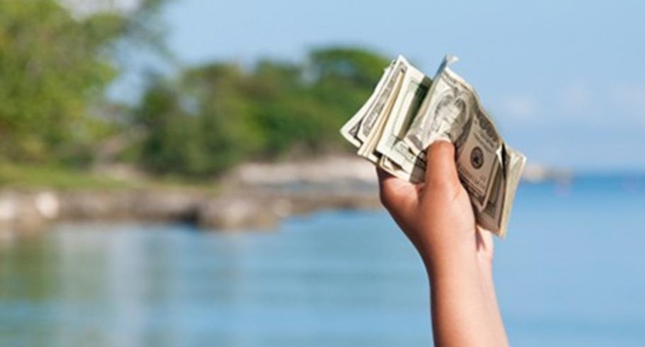 Make money while travel Ways To Make Money